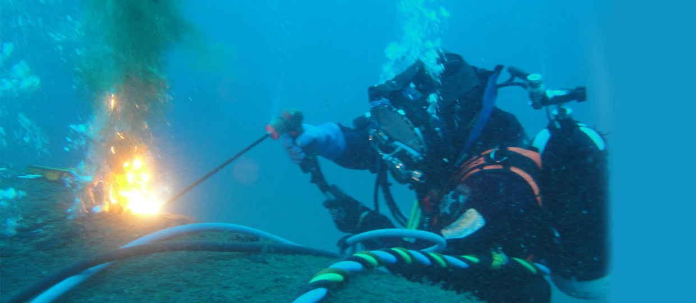 Al Khaleej Al Arabi Marine Diving Services - Providing specialized